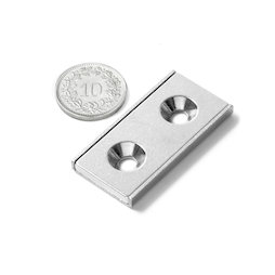 CSR-40-20-04-N, Platte stripmagneet 40 x 20 x 4 mm, met verzonken gat, in stalen u-profiel
