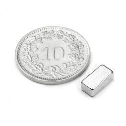Q-08-04-03-N, Blokmagneet 8 x 4 x 3 mm, neodymium, N45, vernikkeld