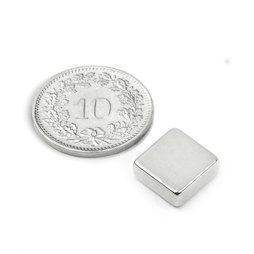 Q-10-10-04-N, Blokmagneet 10 x 10 x 4 mm, neodymium, N40, vernikkeld