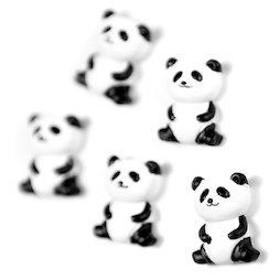 LIV-142, Panda, Decoratieve magneten in de vorm van een panda, set van 5