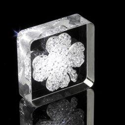 LIV-39, Lucky Diamond, Kühlschrankmagnet Kleeblatt, mit Swarovski-Kristallen