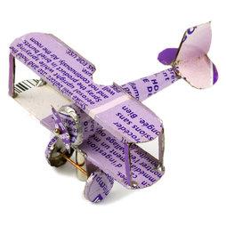 MCAR-01/plane, MadagasCAR, de petits véhicules faits à partir de vieilles boîtes de métal, avion